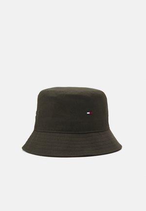 FLAG BUCKET HAT - Hat - green