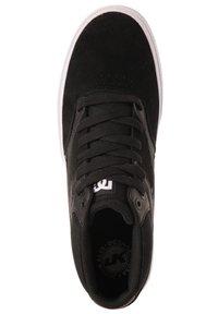 DC Shoes - KALIS VULC MID - Trainers - black - 3