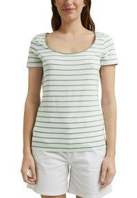 Esprit - TSHIRT DANCER - Print T-shirt - leaf green - 7
