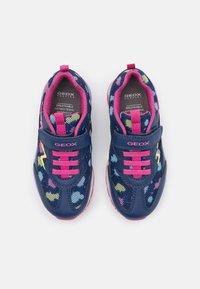 Geox - PAVEL GIRL - Sneakers laag - navy/multicolor - 3