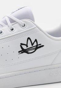 adidas Originals - NY 90 - Sneakersy niskie - footwear white/core black - 5