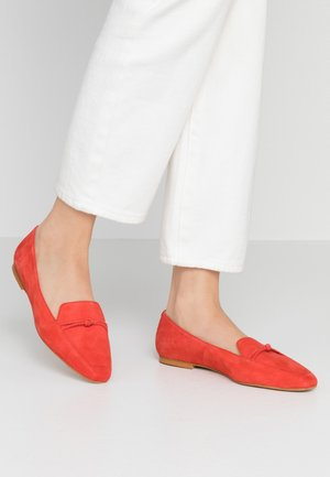 Loafers - red
