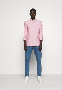 Filippa K - TIM OXFORD SHIRT - Shirt - pink cedar white mix - 1