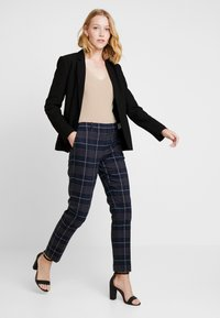 Marc O'Polo - PANTS TAILORED  - Trousers - combo - 1