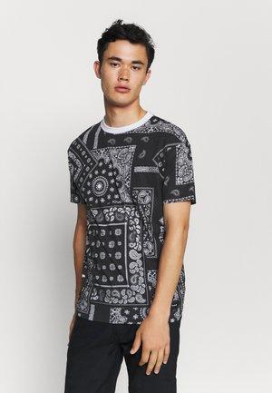 KELVIN  - T-shirt print - black