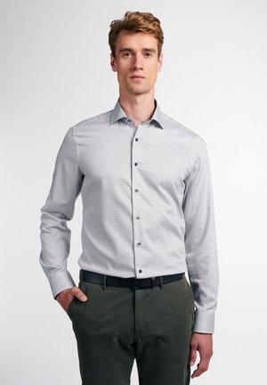 SLIM FIT SHIRT - Formal shirt - grau