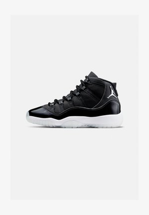 AIR 11 RETRO - High-top trainers - black