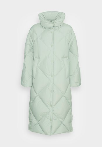 COAT FILLED BIG DIAMOND QUILTING, WIDE SLEEVES - Down coat - washed spearmint