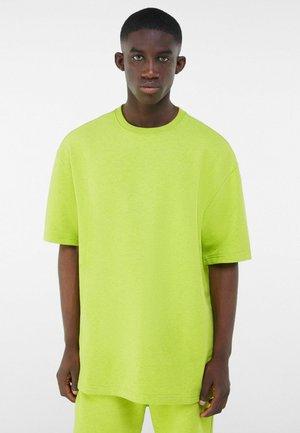 PLUSH - T-shirt - bas - green