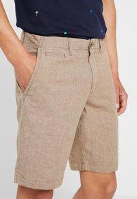 GAP - Shorts - khaki - 5