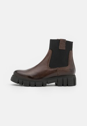SAURA - Kotníkové boty na platformě - uraco/elastic brown/black