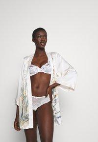 Cotton On Body - CINDY BOYLEG 3 PACK - Pants - greystone blue/cream/icy moondrop - 0
