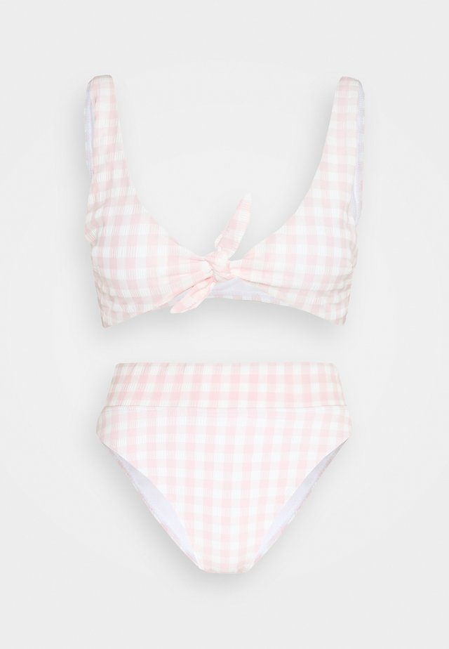 TIE FRONT CROP HIGHWAISTED CHEEKY SET - Bikini - pale pink