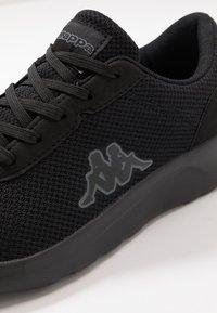 Kappa - TUNES OC - Scarpe da fitness - black/grey - 5
