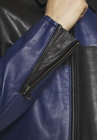 Tiger of Sweden Jeans - VEIRI - Leather jacket - deep well - 3