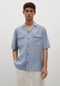 Mango - MIT TASCHEN - Shirt - himmelblau - 0