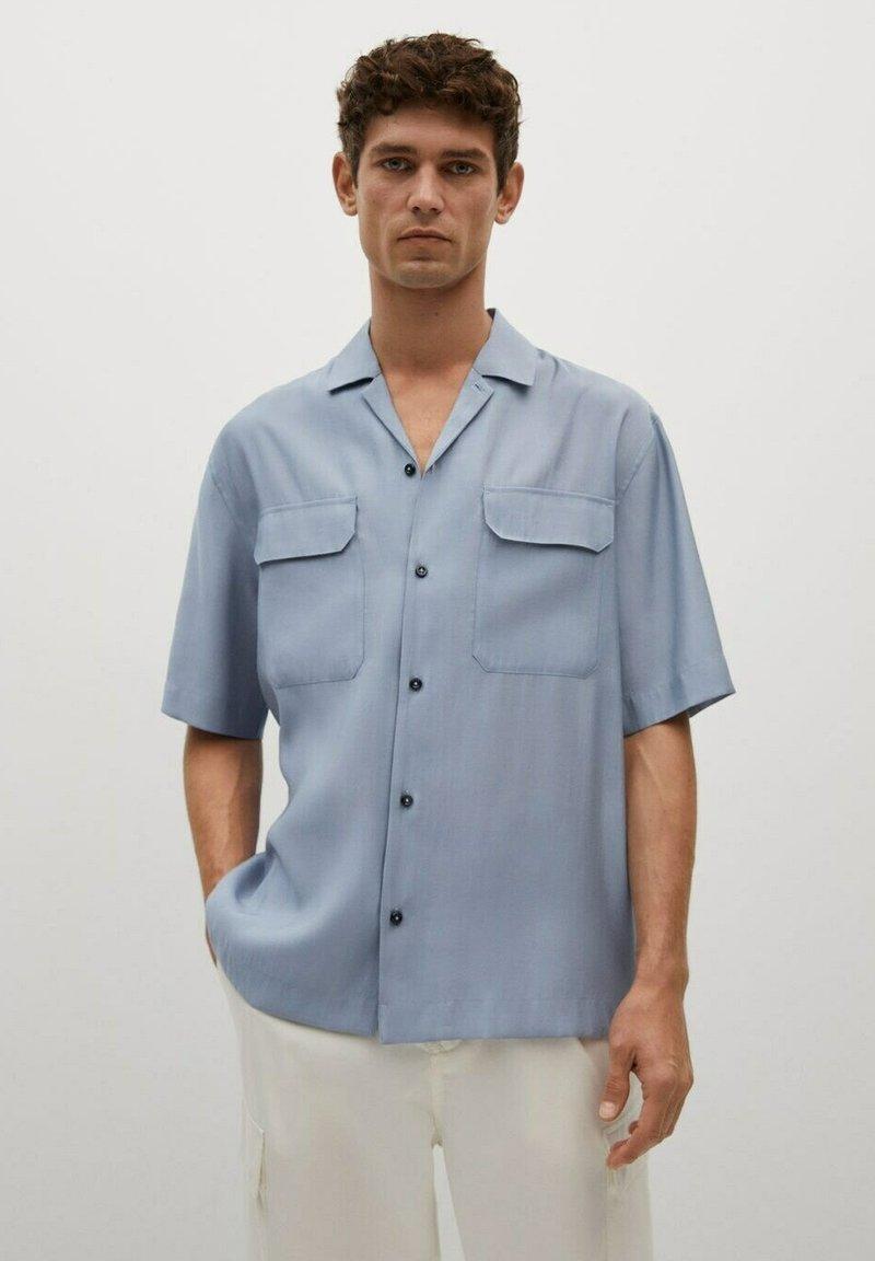 Mango - MIT TASCHEN - Shirt - himmelblau