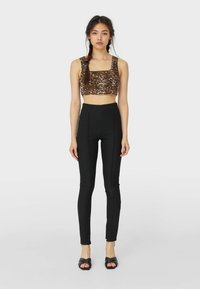 Stradivarius - Leggings - Trousers - black - 0