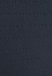 Marc O'Polo DENIM - LONGSLEEVE ROUNDNECK WITH HEM RUFFLES - Long sleeved top - scandinavian blue - 5
