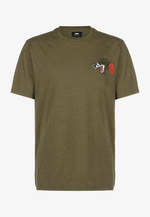 DRAGON - Basic T-shirt - uniform green garment dyed