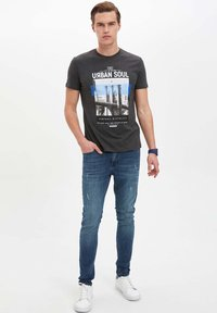 DeFacto - Jeans Slim Fit - green - 1