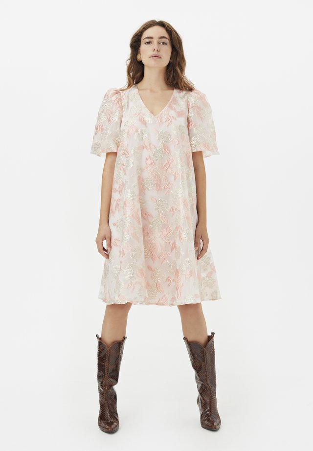 Robe d'été - potpourri