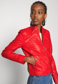 Vero Moda - VMFAVODONA - Faux leather jacket - goji berry