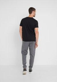 BOSS - HADIKO  - Pantaloni sportivi - medium grey - 2