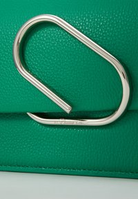 3.1 Phillip Lim - ALIX MINI SHOULDER BAG - Across body bag - kelly green - 2