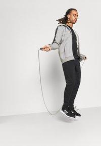 adidas Performance - 3 STRIPES FLEECE FULL ZIP ESSENTIALS SPORTS TRACK JACKET HOODIE - Zip-up sweatshirt - medium grey heather - 4