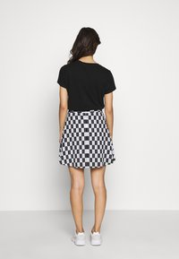 Calvin Klein Jeans - CHECKER BOARD SKIRT - A-line skirt - black/white - 2