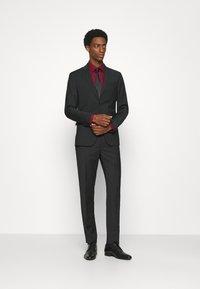 Calvin Klein Tailored - TROPICAL STRETCH SUIT - Suit - black - 1