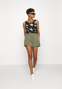 Vero Moda - VMSIMPLY EASY TANK - Blouse - black - 1
