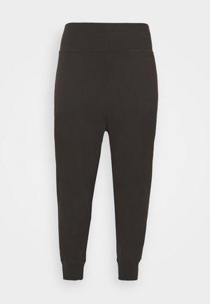 EXHALE PLUS SIZE - Pantalon de survêtement - after dark