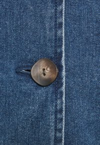 Vero Moda Tall - VMTAILOR BLAZER DRESS - Denim dress - medium blue denim - 2