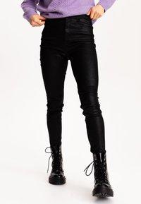 Pimkie - Kalhoty - schwarz - 0