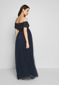 Maya Deluxe Maternity - OFF SHOULDER DELICATE SEQUIN DRESS - Vestido de fiesta - navy - 2