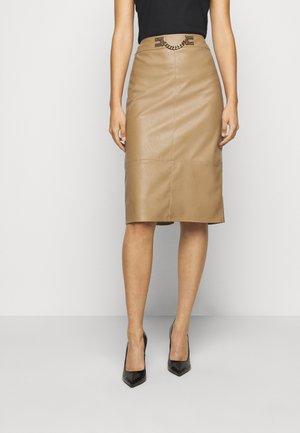 WOMEN'S SKIRT - Pouzdrová sukně - tortora