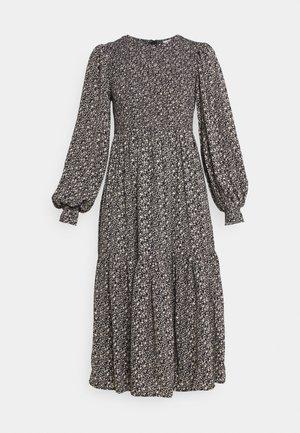 NUCALTUM DRESS - Denní šaty - caviar