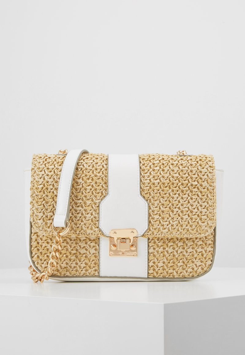 Forever New - PARIS CROSSBODY - Torba na ramię - nude