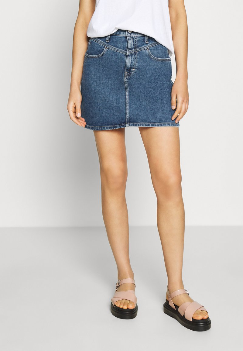 Calvin Klein Jeans - HIGH RISE MINI SKIRT - Jupe trapèze - light blue yoke