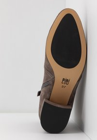 Bibi Lou Wide Fit - Ankle Boot - antracita - 6