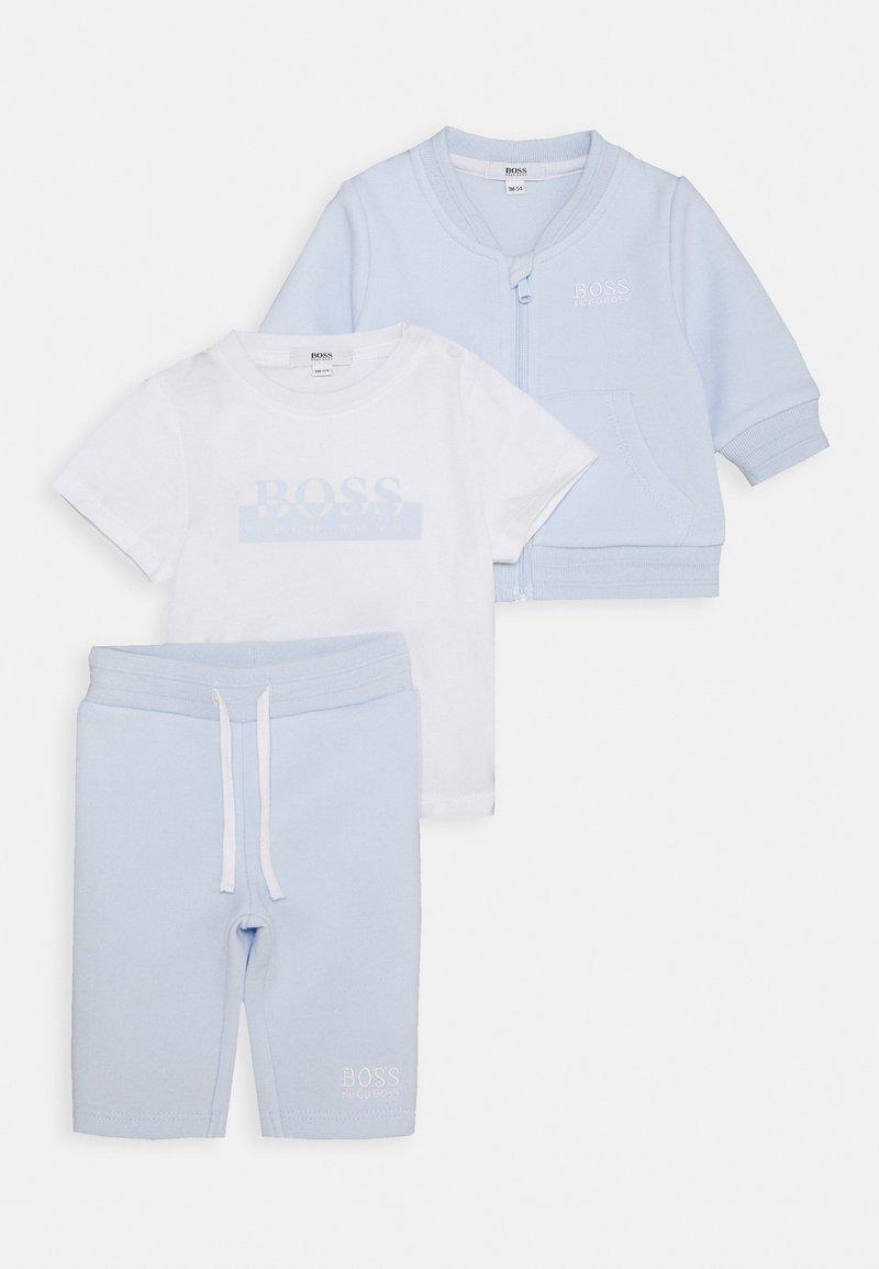 BOSS Kidswear - TRACKSUIT SET - Survêtement - pale blue