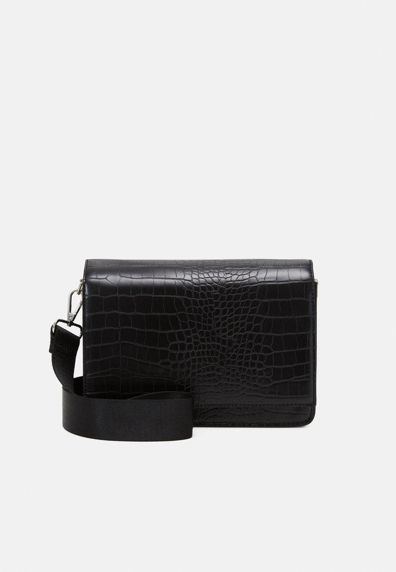 Gina Tricot - PHOEBE BAG - Across body bag - black