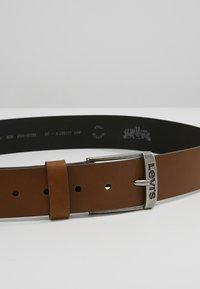 Levi's® - NEW DUNCAN - Pásek - brown - 4