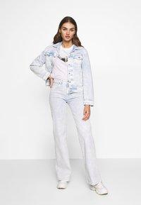 Pepe Jeans - ROSE MOON - Kurtka jeansowa - ultra blue - 1