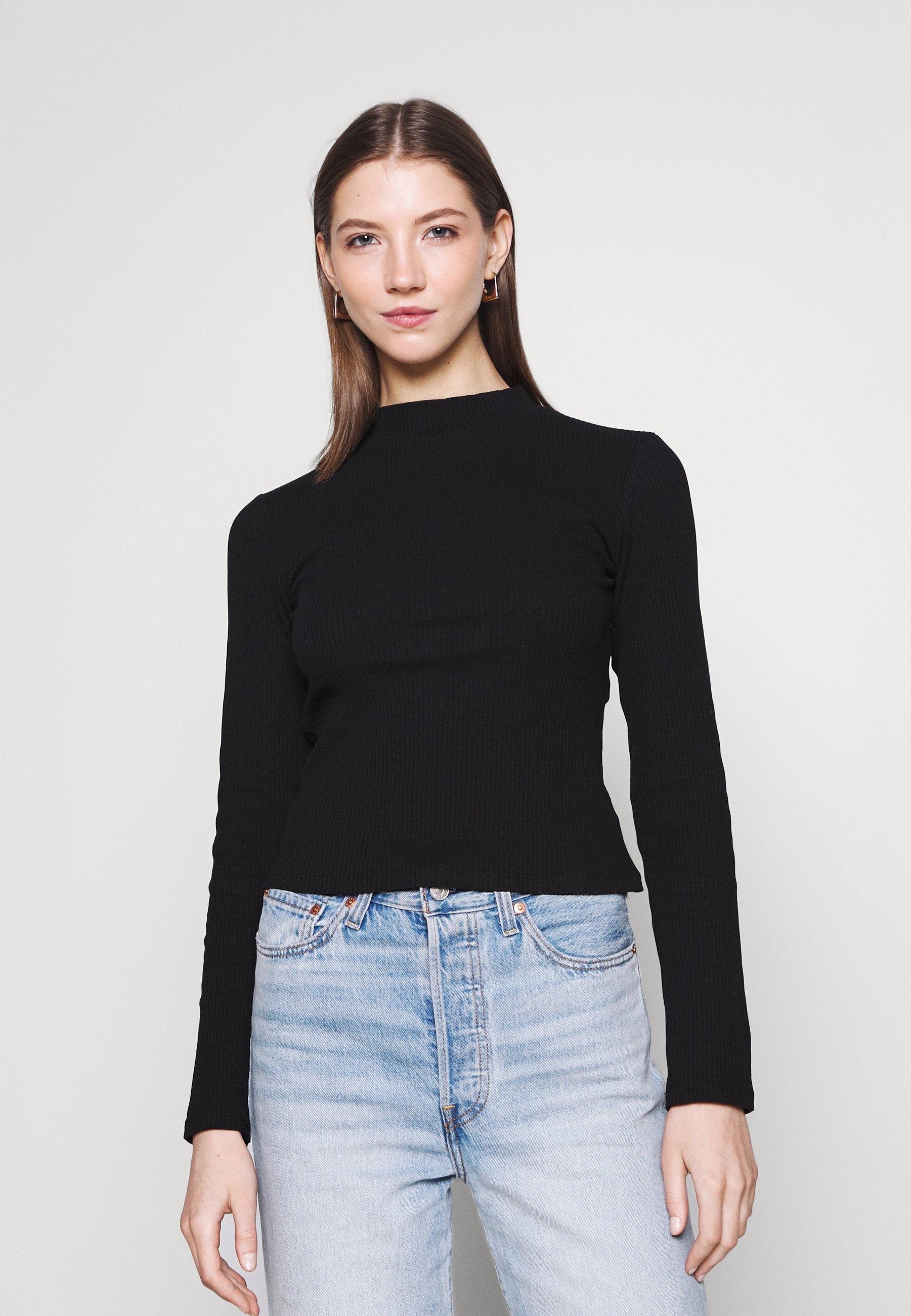 Women OPEN BACK DETAIL - Long sleeved top