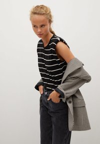 Mango - MOM - Slim fit jeans - black - 3