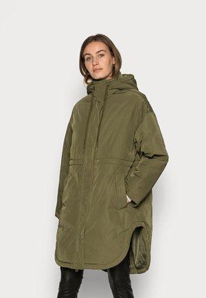COAT LILOU - Winter jacket - green