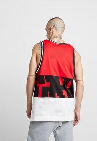 Nike Sportswear - AIR TANK - Top - university red/sail - 2